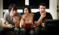 ტელევიზორის წინ სადილობა ჯანმრთელობისთვის სახიფათოა