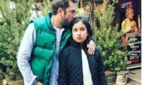 რეზო გიგინეიშვილს ყოფილი ცოლი შვილისადმი უყურადღებობას აბრალებს