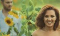 """ნინი შერმადინმა """"ყვავილების ქვეყანა"""" ანდრესთან ერთად სომხურად იმღერა – ვიდეო"""