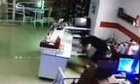 თბილისში მოზარდებმა ყავის სახლი გაქურდეს – ვიდეო