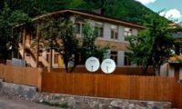 რა ღირს საოჯახო სასტუმროებში დასვენება საქართველოში