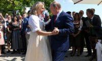 პუტინმა კნაისლის ქორწილში იცეკვა