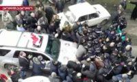 """""""თელავამდე არის 40 კმ დარჩენილი. მერე იტყვიან მელია რატომ ჩხუბობსო?!"""" – გურჯაანში აქციის მონაწილეებმა გურჯაანში პოლიციის კორდონი გაარღვიეს"""