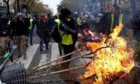 პარიზში 500 დემონსტრანტი დააკავეს