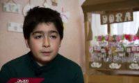 მამალოები წარწერით Stop Russia – 11 წლის გორელი გიორგი შეშაბერიძის ბიზნესი