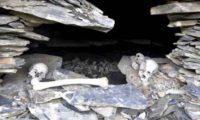 აკლდამაში ქალის ჩონჩხია, რომელიც შვილს ძუძუს აწოვებდა – რა მოხდა ხევსურეთის სოფელ ანატორში