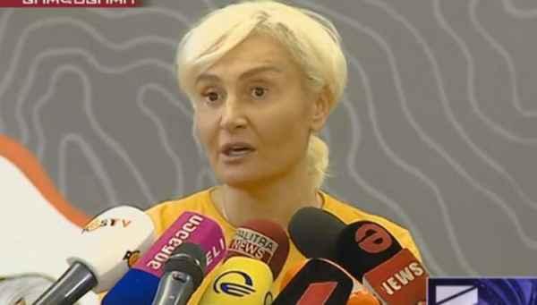 """ნანუკა ჟორჟოლიანი – """"რას გააკეთებს ხელისუფლება მათთვის, ვინც შიმშილით მოკვდება გარეთ თუ არ გავა?!"""""""