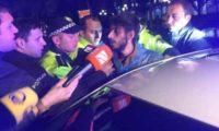 პოლიციელებმა ნასვამი პირი პარლამენტის მიმდებარე ტერიტორიიდან გაიყვანეს