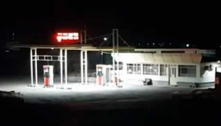 რუსთავში ბენზინის სადგურიდან 1.800 ლარი გაიტაცეს – ვიდეო