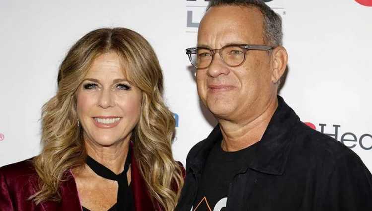 ტომ ჰენქსმა და მისმა მეუღლემ რიტა ვილსონმა საავადმყოფო დატოვეს