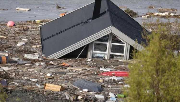 ნორვეგიაში მეწყერმა სახლები ზღვაში ჩაიტანა – ვიდეო