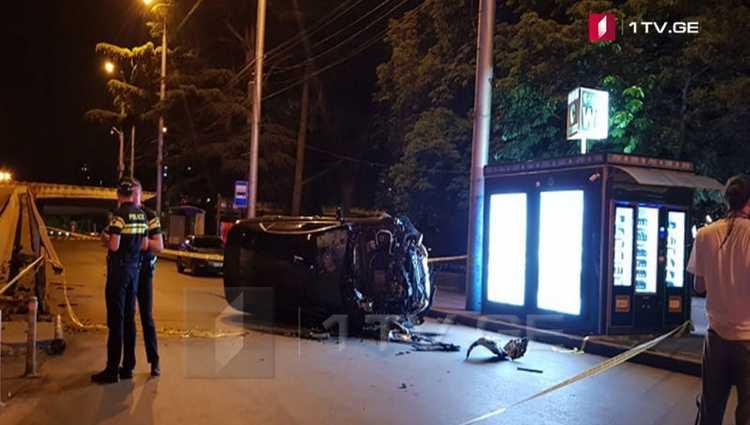 გმირთა მოედანზე მანქანა მოტოციკლს დაეჯახა – მოტოციკლეტისტი დაიღუპა