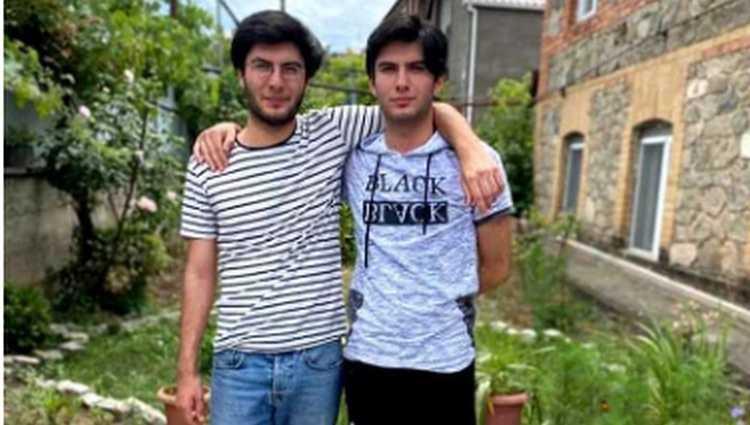 გაშვილებულმა ტყუპმა ძმებმა ერთმანეთი თელავში გამოცდაზე იპოვეს