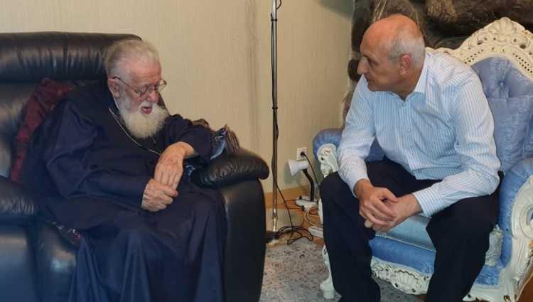 """ვანო მერაბიშვილი პატრიარქს შეხვდა – """"ციხეში გატარებულ პერიოდზე ვისაუბრეთ"""""""