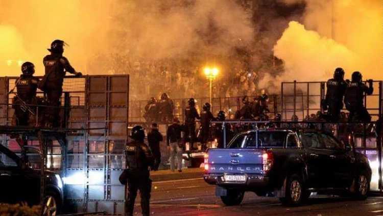 მასობრივი არეულობა მინსკში – პოლიციამ რეზინის ტყვიები ესროლა მომიტინგეებს