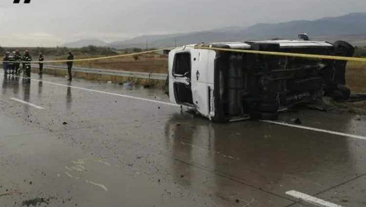 ავარია ხაშური-გორის მონაკვეთზე – 1 ადამიანი დაიღუპა, 10 დაშავდა