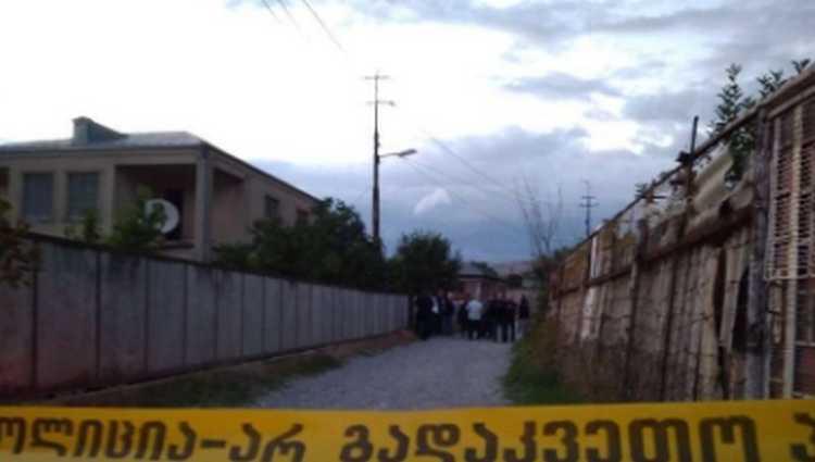 საკუთარ სახლში ერთი კაცი მოკლა, მეორე კი დაჭრა – კასპში 62 წლის მ.კ. დააკავეს