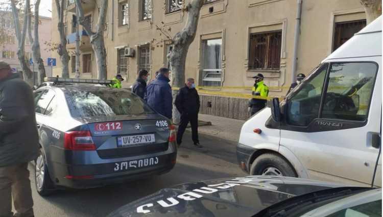 გორში მამაკაცი ქუჩაში გარდაიცვალა – სასწრაფო დროზე ვერ მივიდა