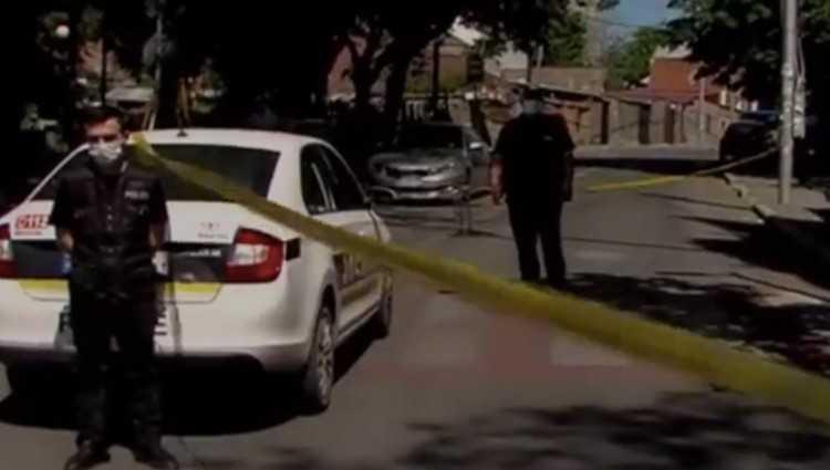 ნაძალადევში დაცხრილეს მანქანა, რომელშიც 3 პირი იჯდა - დაჭრილია მძღოლი
